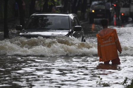 Curah Hujan Tinggi, 19 Titik di Ibu Kota Tergenang