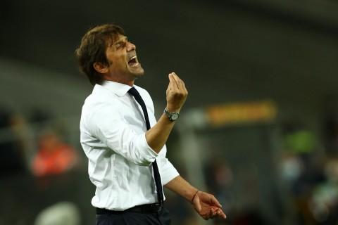 Inter Milan vs AC Milan: Tanpa Penonton, Derby Milan Terasa Beda