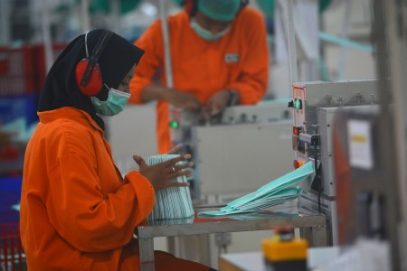Serikat Buruh Tuntut Upah Minimum 2021 Tetap Naik