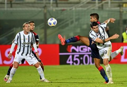 Crotone vs Juventus: Diwarnai Kartu Merah, Juventus Ditahan Imbang Crotone