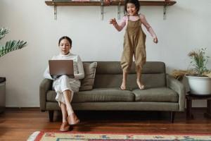 Tips agar Ibu dan Anak Tak Stres dengan PJJ