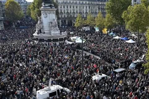 PM Prancis Ikuti Aksi Solidaritas untuk Guru yang Dipenggal