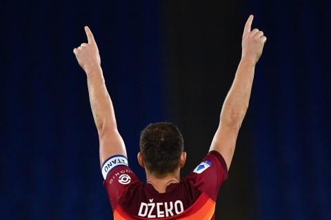 Hasil Liga Top Eropa Semalam: Derby London Tanpa Pemenang, Roma Pesta Gol