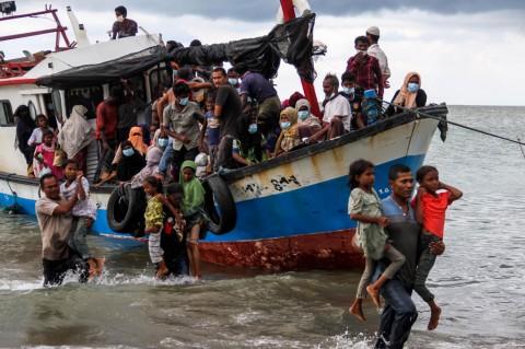 Kapal Rohingya Kembali Terlihat di Laut Aceh