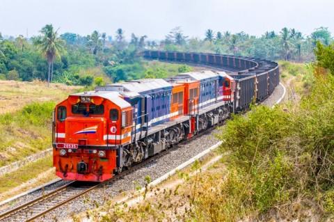 Len Industri Bangun Jalur KA Pertama di Sulawesi