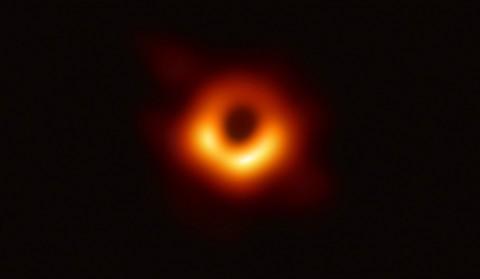 Guru Besar: Lubang Hitam Berperan Penting dalam Penciptaan Galaksi