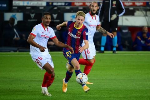 Barcelona Bakal Negosiasi Perpanjangan Kontrak Frenkie de Jong dan Clement Lenglet