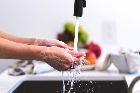 Tips Menjaga Kulit Tangan tetap Sehat meski Sering Cuci Tangan