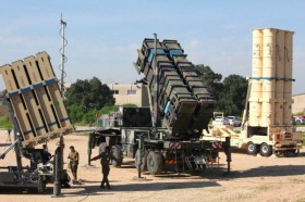 Roket dari Gaza Hantam Israel Usai Penemuan Terowongan Rahasia