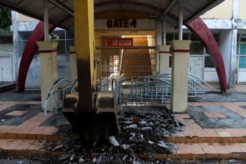 Stadion Andi Mattalatta Mulai Dibongkar