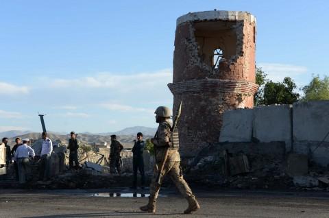 Ledakan Ganda Ranjau Darat Tewaskan 12 Polisi Afghanistan