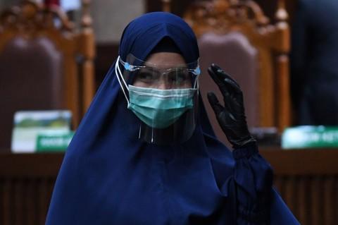 Tengok Penampilan Jaksa Pinangki Kenakan Busana Syar'i