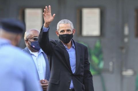 Obama Mulai 'Turun Gunung' Dukung Kampanye Joe Biden