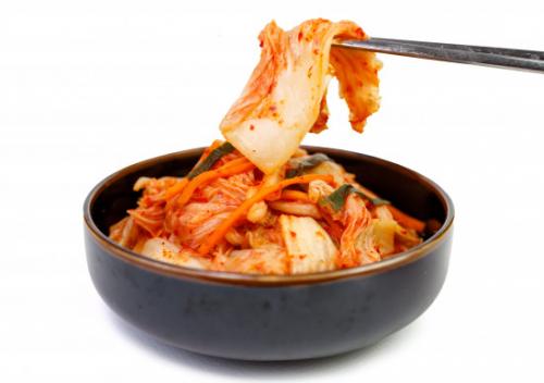 Makanan khas Korea Selatan ini merupakan olahan fermentasi kubis yang rasanya sangat tajam, asin, pedas, dan renyah. (Foto: Ilustrasi. Dok. Freepik.com)