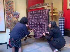 NZIA, Indonesian Embassy Hold Batik Exhibition in New Zealand