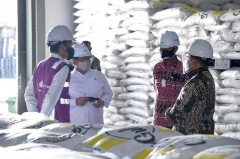 President Jokowi Inaugurates Sugar Factory in Bombana Regency