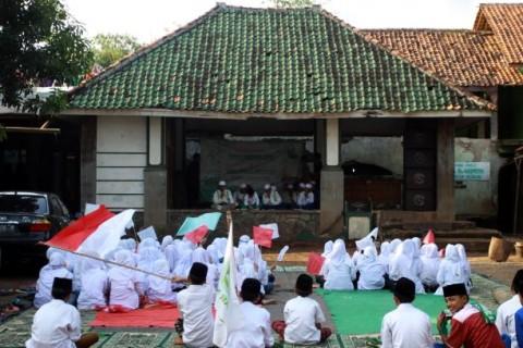Santri Diminta Proaktif Memerdekakan Indonesia dari Covid-19