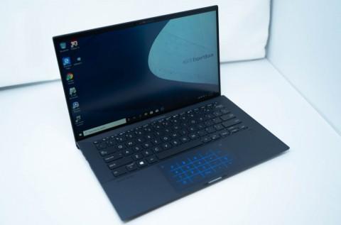 Rahasia Baterai Laptop Asus ExpertBook B9450 Tahan 24 Jam