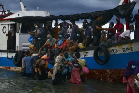 Menlu Retno Beberkan Alasan Indonesia Terus Terima Pengungsi Rohingya