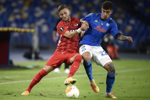 Napoli vs AZ Alkmaar: Partenopei Kalah Tipis dari Tim Tamu