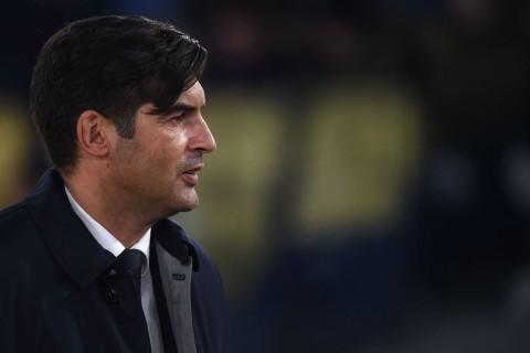 Roma Menang Susah Payah, Fonseca Salahkan Lapangan