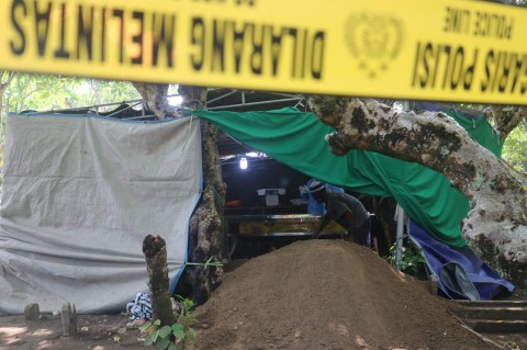 Makam Bocah Kelas 6 SD di Jombang Dibongkar, Diduga Dibunuh Teman Sendiri