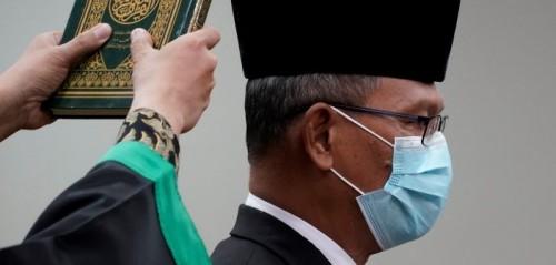 Proses pelantikan Achmad Yurianto sebagai Staf Ahli Menteri Kesehatan Bidang Teknologi Kesehatan dan Globalisasi. (Foto:Kemenkes)
