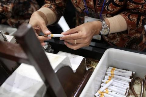 Pemerintah Diminta Tunda Kenaikan Cukai Rokok hingga Industri Pulih
