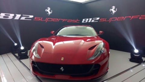 Recall Ferrari 812 Superfast Karena Kaca Belakang Bisa Copot
