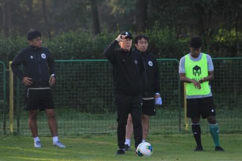 Top 3 Berita Bola: Marcello Lippi Pensiun Melatih dan Shin Tae-yong Mengeluh Soal Timnas U-19