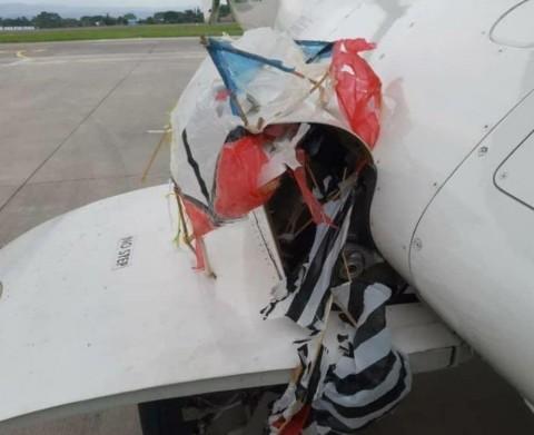 Layang-layang Tersangkut di Pesawat saat Hendak Mendarat