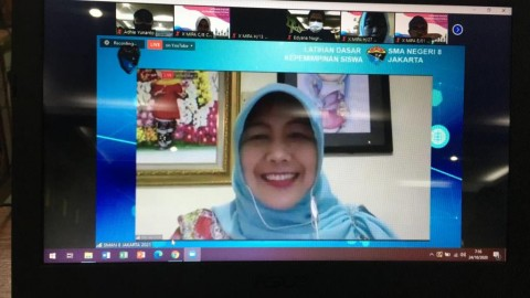 SMAN 8 Jakarta Gelar LDK Siswa Secara Daring