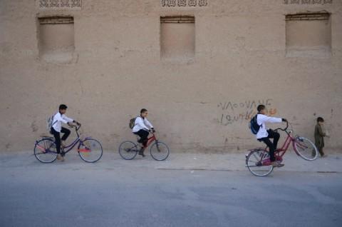 12 Anak-Anak Tewas dalam Serangan Udara Pasukan Afghanistan