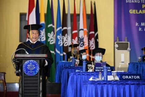 IPB Beri Gelar Doktor Honoris Causa untuk Dua Alumnusnya