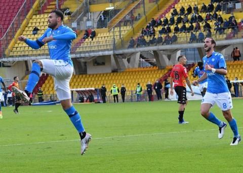 Benevento vs Napoli: Partenopei Kerja Keras Curi Poin Penuh