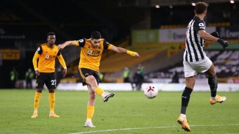 Wolves vs Newcastle: Murphy Gagalkan Kemenangan Tuan Rumah
