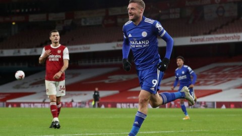 Arsenal vs Leicester City: Jamie Vardy Bikin The Gunners Bertekuk Lutut