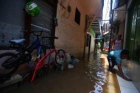 Ada Potensi Hujan Deras, Lurah DKI Diminta Antisipasi Bencana