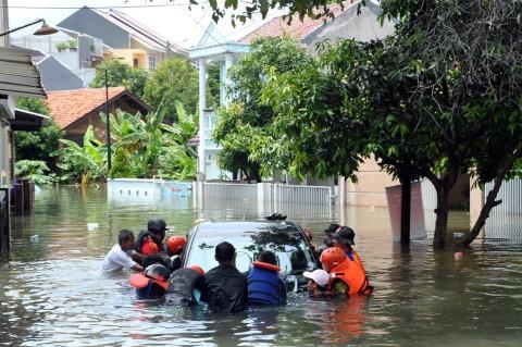 Banjir Masih Rendam Perumahan Griya Cimanggu Indah Bogor