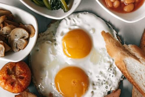 Konsumsilah telur dengan takaran yang pas dan jangan berlebihan-Pexels