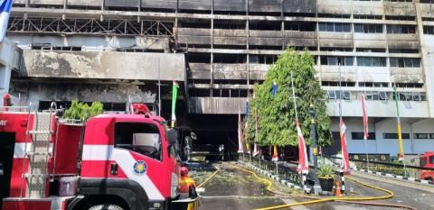 Polri <i>Ngotot</i> Olah TKP Kebakaran Kejagung Berlangsung Tertutup