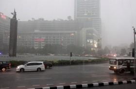 Musim Hujan Dimulai, Waspada Mobil 'Kepeleset'