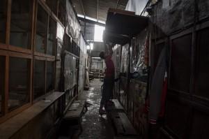 Penutupan Pasar Harjodaksino Solo Diperpanjang
