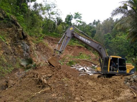 Tiga Rumah di Kulon Progo Rusak Terdampak Longsor