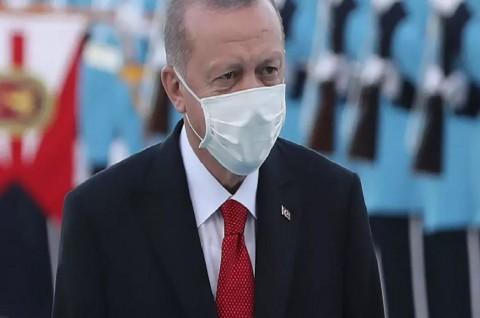 Charlie Hebdo Rilis Kartun Erdogan, Turki Marah Besar