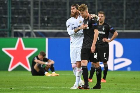 Gladbach vs Madrid: Gol Benzema dan Casemiro Selamatkan Los Blancos dari Kekalahan