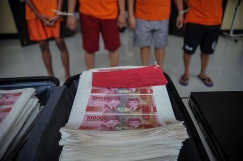 Polrestabes Bandung Sita Rp800 Juta Uang Palsu