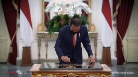 Jokowi Resmikan Stasiun TVRI Papua Barat