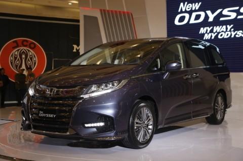 Evolusi Honda Odyssey Dari Shuttle Keluarga Menjadi Premium Van
