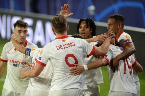 Sevilla vs Rennes: Luuk de Jong Antar Sevilla Kalahkan Rennes